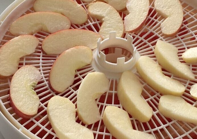りんごのドライフルーツづくり